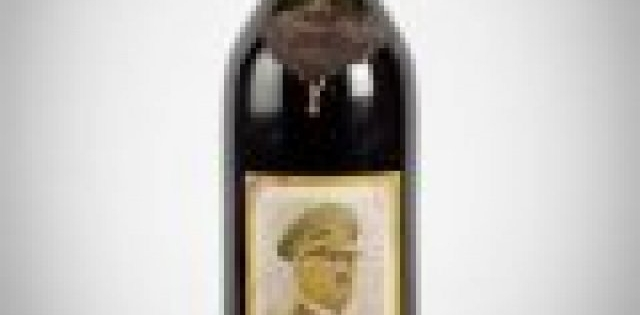 Magnum of Nazi wine sells for £1,500